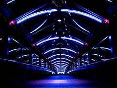 Way (ichie) Tags: lighting city blue light japan night canon kobe coolest 2007 thebigone supershot abigfave superbmasterpiece diamondclassphotographer frhwofavs brillianteyejewel