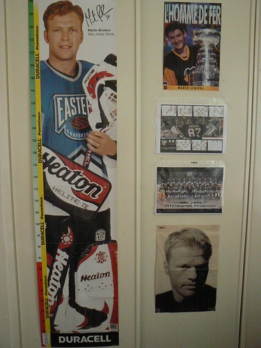 20070628 Brodeur life-size poster + others