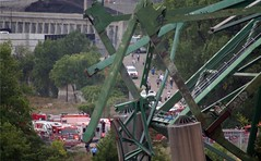 Minneapolis I-35W Bridge Collapse (beam in the air) (Tony Webster) Tags: bridge rescue news water minnesota river mississippi boat media minneapolis