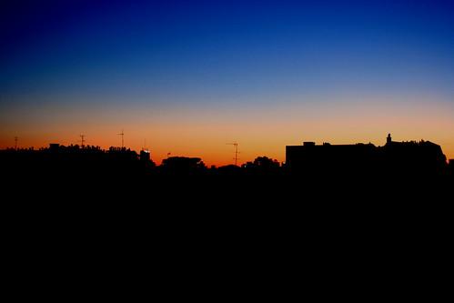 Le soleil se couche sur Paris ce soir.