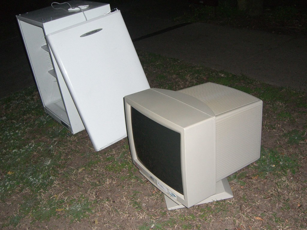 21 inch Monitor and bar fridge hard rubbish collection