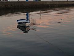 barca en ortigueira (jferna16) Tags: crepusculo marinas ortigueira