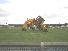 Pic00025 (PMOR07) Tags: show jcb dancing royal diggers berkshire 2007