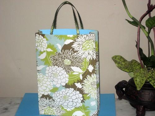 GIFT BAG (Amy Butler Designer Paper)