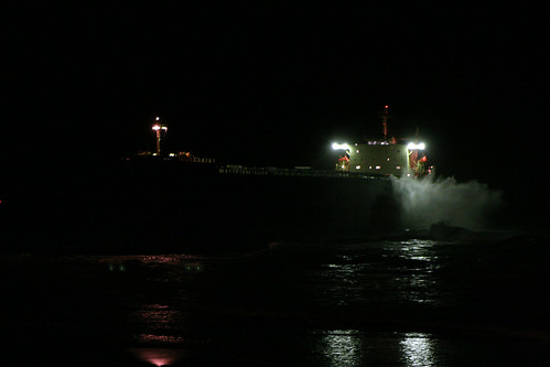 Pasha Bulker @ Nobby's Beach, Newcastle - 11th June, <b>Petcam canada</b>, <b>Petcam usa</b>, 2007