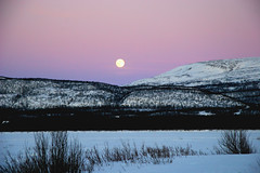 Full moon an evening in March.. (elysea100) Tags: winter moon snow norway river march frozen arctic tana finnmark mywinners superaplus aplusphoto diamondclassphotographer flickrdiamond excellentphotographerawards platinumheartaward elysea