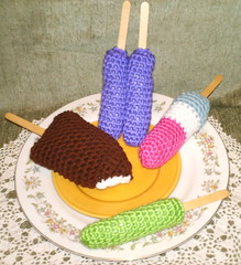 Crocheted Play Food Ice Cream and Ice Pops (GreyhoundCrafts) Tags: food ice bar pattern play crochet cream free pop pretend
