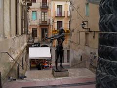 Plaza Gala (manuelfloresv) Tags: plaza girona salvador museo dali estatua gala figueres catalua gerona figueras manuelfloresv