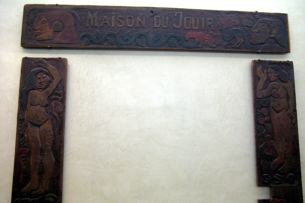 Paris - Musee d'Orsay: Paul Gauguin's Maison du Jouir