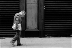 Torino 0018 (malko59) Tags: street people urban blackandwhite italy torino turin biancoenero italians blackdiamond decisivemoment bwemotions italybw diecicento bnvitadistrada bnpersone aplusphoto malko59 spiritofphotography marcopetrino