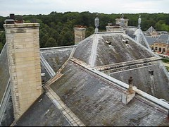 Video / Vaux le Vicomte () Tags: roof vacation holiday france castle rooftop wet pool architecture clouds garden movie design video king estate live 17thcentury jardin windy overcast jardim baroque talking chateau russian ru moat videoclip francia castello chteau rtw vacanze rococo movingpicture roundtheworld countryhouse louisxiv globetrotter vaux fouquet vauxlevicomte leroisoleil sunking 1658 chateaudevauxlevicomte livevideo rocaille flickrvideo royalresidence amateurvideo worldtraveler juleshardouinmansart maincy charleslebrun nicolasfouquet chteaudevauxlevicomte andrlentre louislevau xviime amaturevideo chateauvauxlevicomte hdmovie apollohelios xviiemesiecle ameturevideo
