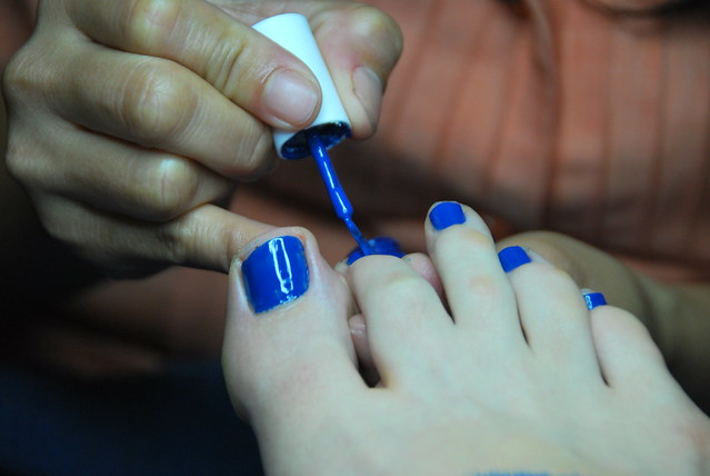305:365 blue pedi!