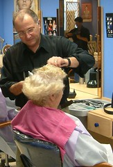 coiffeur (zermat35) Tags: haircut barbershop capes barber hairdressers