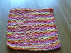 P1030514.JPG (Dawn Grobe) Tags: summer knitting handmade knit dishcloth cotton knitted madebyme 2007 washcloth 07jul dwpattern