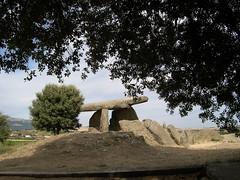 Chabola de la Hechicera (horrapics) Tags: españa spain alava euskadi paisvasco dolmen elvillar lariojaalavesa