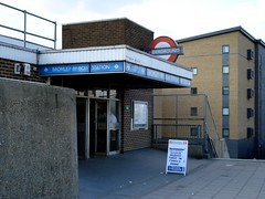 Picture of Bromley-By-Bow Station