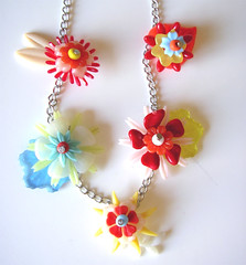 Vintage Flowers Necklace