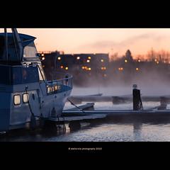 waiting for sunrise (stella-mia) Tags: autumn lake cold fall norway fog sunrise boats hope boat frost mood dof bokeh foggy explore båt hamar mjøsa 70200mm coldair explored waitingforsunrise canon5dmkii lakemjøsa annakrømcke tjuvholmenhamar