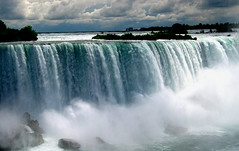Niagara Falls revisited (Abizeleth) Tags: canada water niagarafalls waterfall rocks grandmother horseshoefalls ontariocanada naturesfinest bigmomma supershot specnature anawesomeshot pfogold