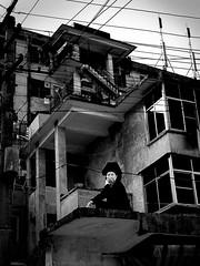 Womabn in traditional dress in a new town, Yunnan, China (Eric Lafforgue) Tags: china asia chinese hasselblad asie  kina chin cina chine xina  yuanyang  peoplesrepublicofchina  zhongguo tiongkok  chiny  kna in h3d lafforgue  ericlafforgue  trungquc na   kitajska tsina  wwwericlafforguecom