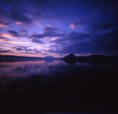 Lake TOUYA sunset - by daita