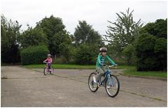 Kids ride 012