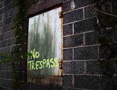 No Trespass (BACKYard Woods Explorer) Tags: abandoned southjersey abandonedbuildings hammonton casinosupplywarehouse bloggedontuppy