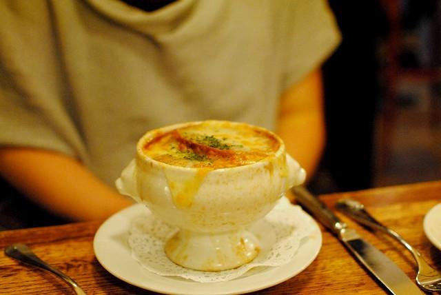french onion soup from rue de jean