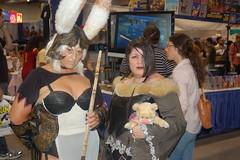 Comic Con 2007: Final Fantasy (earthdog) Tags: vacation 15fav d50 costume nikon lulu sandiego cosplay fran nikond50 videogame finalfantasy comiccon 2007 viera finalfantasy10 needstitle finalfantasy12 comiccon07 comicbookcon chrisvacation unknownlens upcoming:event=95580 vierawarrior needslens
