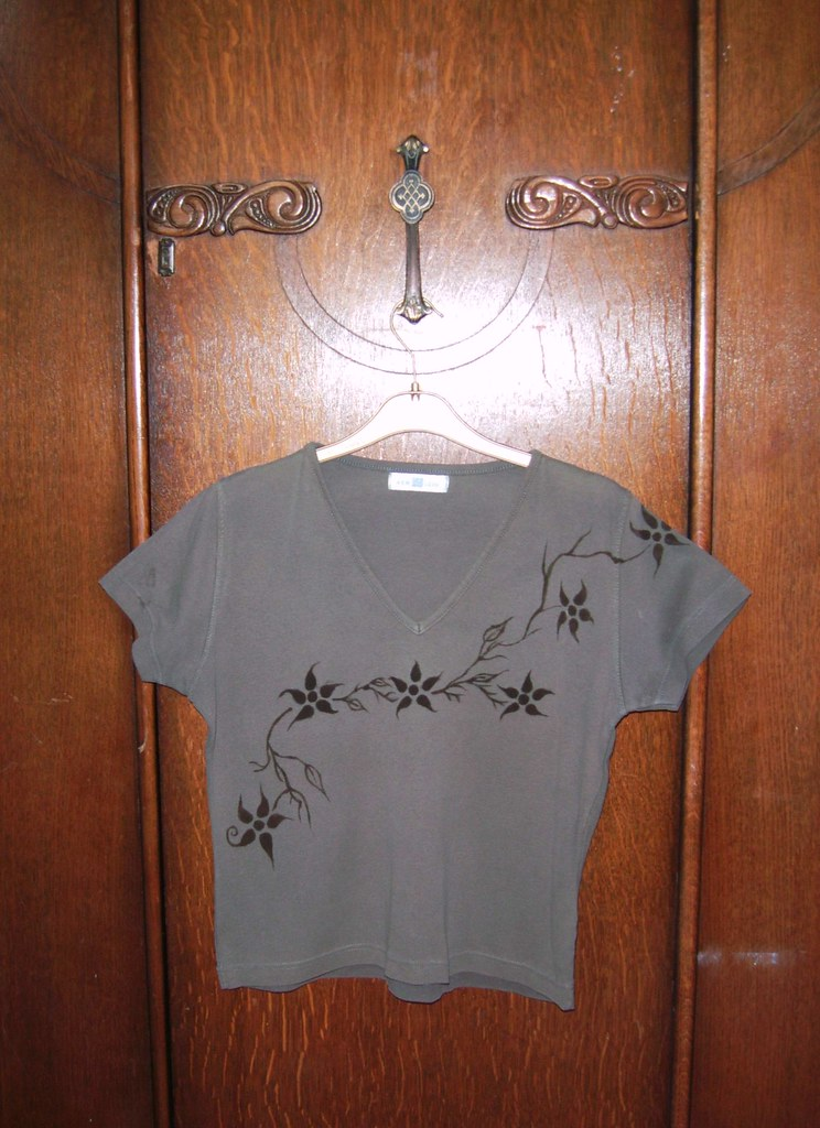 Green and brown medium-sized floral t-shirt
