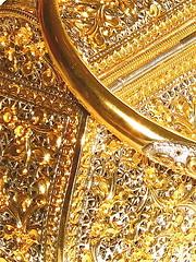 Golden Treasure Box