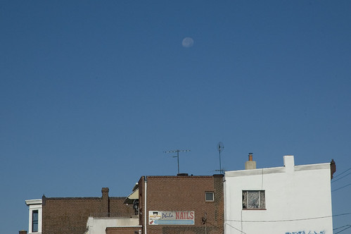 20070929_PH_moon_over_row_homes_web.jpg