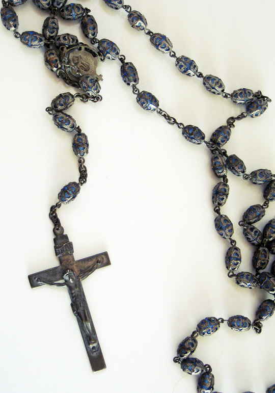 vintage rosary beads+crucifix