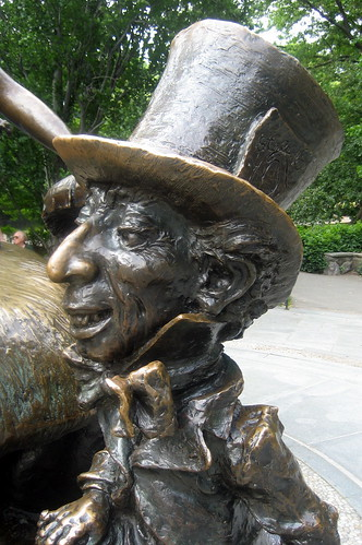 NYC - Central Park: Alice in Wonderland - Mad Hatter by wallyg