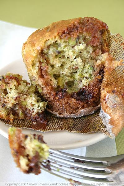 Chocolate and Pistachio Cake