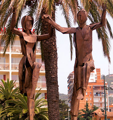 Tin Tango (Scalyback) Tags: sculpture spain ibeauty scalyback