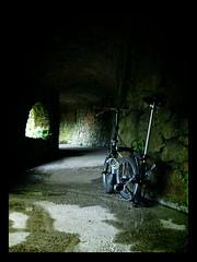 gracias ric! (pulguita) Tags: rain bike dark lluvia bicicleta bici catalunya tunel costabrava brompton oscuridad