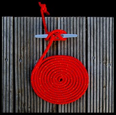 red rope (sediama (break)) Tags: red germany rope balticsea explore sailingschool grmitz bronly segelschule sediama seilrot bysediamaallrightsreserved