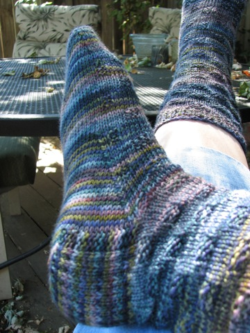 Heel Flap-Spaced Check Socks