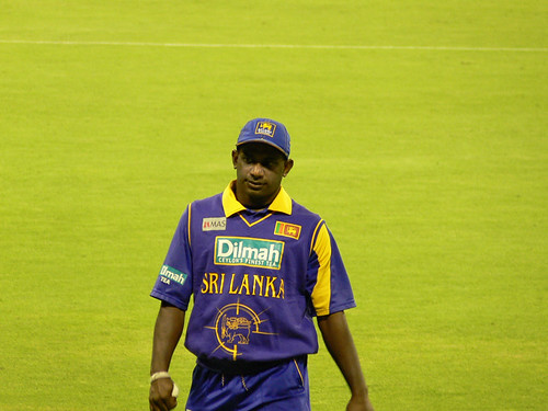 Sanath Jayasuriya walking to the boundary