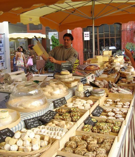 france cheese tour market montypython biking provence fromage lislesurlasorgue