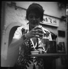(rougerouge) Tags: bw 120 film beer bar holga grain scan barmaid