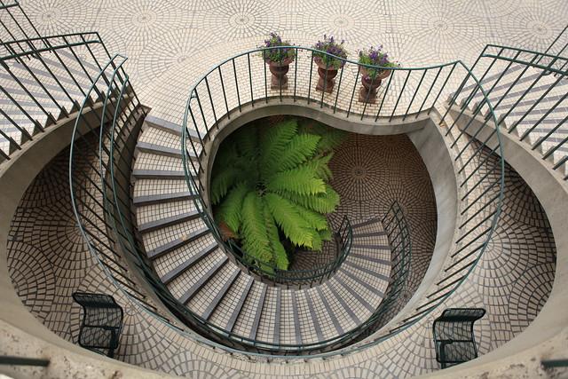 Cliche: Embarcadero Spiral Staircase