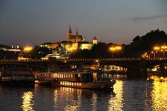 Prag 2010 - 047 (Saalekahn) Tags: prag dampfer tschechien fluss lichter 2010 reflexionen moldau dampferfahrt pragbeinacht tschechischehauptstadt