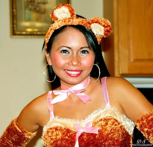 Halloween 2010, A flirty teddy bear