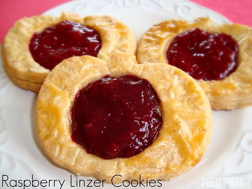覆盆子linzer cookie
