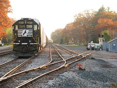 Hobart (codeeightythree) Tags: ns indiana hobart sd70 norfolksouthernrailroad
