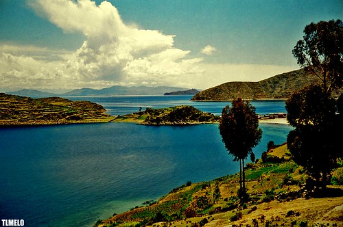 The Highest Navigable Lake in the World - Lago Titicaca
