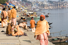 sadhus at the Ganges in Varanasi (Dick Verton ( more than 12.000.000 visitors )) Tags: travel india asia varanasi itsonginvite sadhus portfolioitsong2007