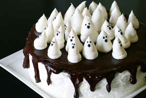 Boo-tiful Ghost Cake